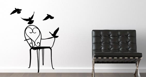 Chaise et oiseaux pour 15€