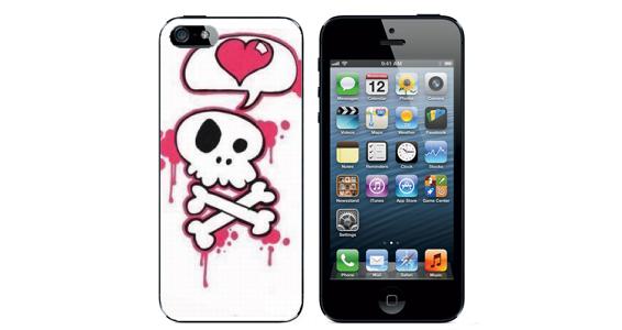 sticker tête de mort cœur Iphone5